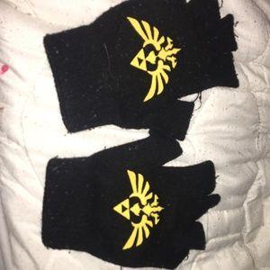 Fingerless Legend of Zelda gloves.